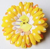 This little Easter Chick is just as cute as it looks in the picture.  This little chick will look great on a hat, headband or just clipped in your little one's hair at any Easter Egg Hunt this year.  Only $2.99 at wholesaleprincess.com