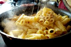 The Londoner » One Pan Fondu Mac n Cheese