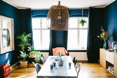 Home sweet home - Unser Esszimmer - Mummy Mag Pantone Navy, Sweet Home, Color Trends, Interior, Modern, Inspiration, Blue, Design, Home Decor