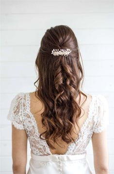 Wedding Hair Down, Wedding Hair Flowers, Hair Comb Wedding, Wedding Hair And Makeup, Wedding Hair Accessories, Wedding Veils, Wedding Beauty, Wedding Bride, Hair Makeup