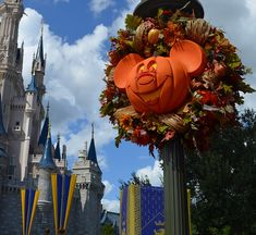 This Week In Disney Parks Photos: Fall, Food & Wine Returns to Walt Disney World