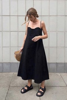 Chic Outfits, Dress Outfits, Fashion Outfits, Dresses, Alexa Chung Style, Parisian Chic, Parisian Summer, Tennis Fashion, Milan Fashion Weeks