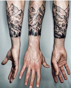 Not sure you can fail with a ribcage tattoo provided that it's something you are able to live with forever, odds are you're likely to chose wisely. Neue Tattoos, Body Art Tattoos, Sleeve Tattoos, Cool Tattoos, Tatoos, Tattoo Sleeves, Mountain Sleeve Tattoo, Mountain Tattoos, Future Tattoos