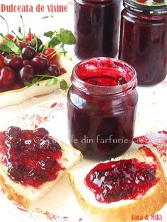 » Dulceata de visineCulorile din Farfurie My Recipes, Cooking Recipes, Canning Tips, Pickling Cucumbers, Romanian Food, Tasty, Yummy Food, Food Art, Cheesecake