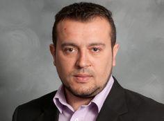 Δικαιωμένος από την απόφαση του ΕΣΡ, η οποία ορίζει την τιμή εκκίνησης της αδειοδότησης των τηλεοπτικών σταθμών στα 245 εκατ. ευρώ, δήλωσε ο υπουργός Ψηφιακής Πολιτικής, Νίκος Παππάς, αφενός…