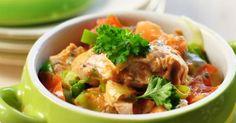 Recette de Ragoût de poisson minceur aux légumes. Facile et rapide à réaliser, goûteuse et diététique. Ingrédients, préparation et recettes associées.