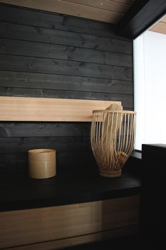dark wood in sauna light bench Scandinavian Interior, Modern Interior, Interior Design, Rustic Bathroom Decor, Rustic Decor, Sauna Lights, Portable Sauna, Outdoor Sauna, Sauna Design
