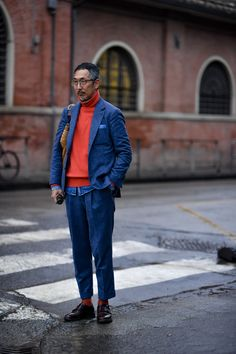 Mens Fashion Smart – The World of Mens Fashion Men's Fashion, Best Mens Fashion, Vintage Fashion, Fashion Outfits, Modern Gentleman, Gentleman Style, Men Street, Street Style Women, Slim Fit Trousers