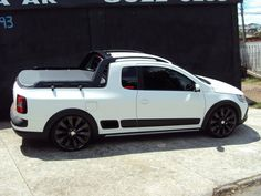 VW Saveiro Cross Vw Pointer, Pickup Camping, Small Pickups, Fiat 128, Chevy, Vw Cars, Pickup Trucks, Concept Cars, Cars And Motorcycles
