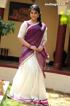 Beautiful Girl Indian, Most Beautiful Indian Actress, Beautiful Saree, Kerala Engagement Dress, Long Dress Design, Indian Girl Bikini, Half Saree Designs, Indian Girls Images, Beautiful Bollywood Actress