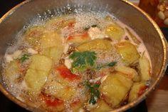 Γλυκό του κουταλιού καρπούζι για καλοκαίρι ή χειμώνα - Χρυσές Συνταγές Thai Red Curry, Chicken, Meat, Ethnic Recipes, Food, Essen, Meals, Yemek, Eten