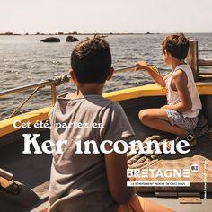 Découvrez toutes les appropriations des acteurs du tourisme bretons dans le cadre de la campagne #DépaysezVousenBretagne Création : Comité Régionale du Tourisme Bretagne Communication, Promotion, Bags, Rural Area, Actor, Brittany, Tourism, Handbags, Communication Illustrations