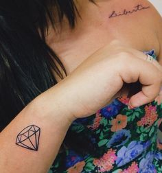 tattoo diamond Mini Tattoos, New Tattoos, Small Tattoos, Cool Tattoos, Small Diamond Tattoo, Diamond Tattoos, Piercing Tattoo, Arm Tattoo, Ruby Tattoo