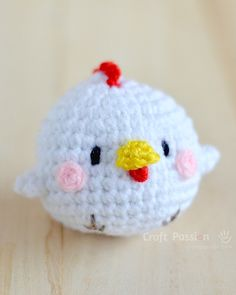 Free hen & chicks amigurumi pattern with tutorial photos to refer, designed by AmiguruMEI. Perfect to make for the Easter and Rooster year celebration. Kawaii Crochet, Cute Crochet, Crochet Crafts, Yarn Crafts, Crochet Toys, Easter Crochet Patterns, Crochet Amigurumi Free Patterns, Yarn Projects, Crochet Projects