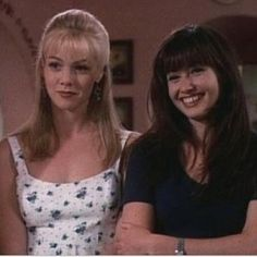 Kelly Taylor & Brenda Walsh images Castles in the sand wallpaper and background photos