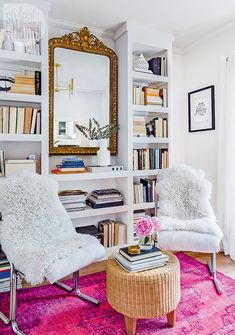 Feel held back by your rental's decorating restrictions? Here are 10 landlord-friendly apartment decorating ideas that will add style to your place and don't require painting the walls. Style At Home, Blush Living Room, Living Rooms, One Bedroom Flat, Tiny Apartments, Vintage Chairs, Decor Vintage, Being A Landlord, Home Decor Bedroom