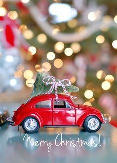 26 Extraordinary Stand-Up Christmas Decoration Ideas - Christmas Celebrations Christmas Car, All Things Christmas, Vintage Christmas, Christmas Holidays, Christmas Ornaments, Merry Christmas, Christmas Favors, Burlap Christmas, Modern Christmas