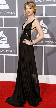 Top 30 Grammy gowns...I don't agree w/all of the choices, though.