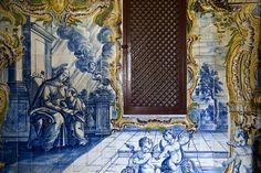 Colubandê [Rio de Janeiro, município de São Gonçalo] | Fazenda do Colubandê | Capela de Santa Ana | Santa Ana ensinando a Virgem a ler | século XVIII [meados] / Chapel of Santa Ana | Anna teaching Mary to read | 18th century [mid] #Azulejo #Rococo #Brasil #Brazil