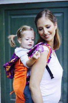 NANA WEAR x Maraya babycarrier - orange-fox Fox, Orange, Baby, How To Wear, Collection, Fashion, Moda, Fashion Styles