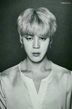  BTS ★ Jimin ★ B&W black and white photo Park Ji Min, Daegu, Busan, Jung Hoseok, Bts Black And White, Bts Beautiful, Beautiful People, Bts Face, Jimin Fanart