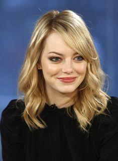 S Today With Guests Emma Stone Lisa Kudrow Joe Manganiello Jimmie Walker Stock Pictures, Royalty-free Photos & Images Emma Stone Gwen Stacy, Emma Stone Blonde, Actress Emma Stone, Hooded Eyes, Rose Gold Hair, Amanda Seyfried, Halle Berry, Bella, Redheads