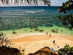 Beach Honeymoon Destinations – Beaches To See Beach Honeymoon Destinations, Hawaii Honeymoon, Kauai Hawaii, Hawaii Travel, Oahu, Travel Usa, Princeville Hawaii, Honeymoon Tips, Honeymoon Planning