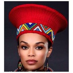 Pearl Thusi In Zulu Elaborate Red Hat Zulu Traditional Wedding Dresses, African Traditional Wear, African Hats, African Attire, African Women, African Print Fashion, Fashion Prints, Monochrome Photo, South African Tribes
