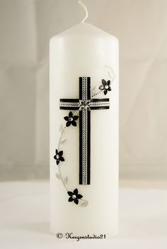 Candels, Pillar Candles, Altar, Candle Making, How To Make, Religion, Porta Velas, Handmade Candles, Decorated Candles