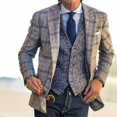 Awesome 79 Classy Winter Jackets For Men To Look Fashionable # Mens Fashion Suits, Mens Suits, Stylish Men, Men Casual, Parka Outfit, Style Masculin, Herren Outfit, Well Dressed Men, Gentleman Style
