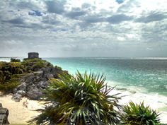 Ruins by Water in Tulum, Mexico http://www.venturists.net/playa-del-carmen-side-trips-yes-you-should/