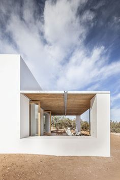 Can Xomeu Rita - Marià Castelló · Architecture Design Exterior, Interior And Exterior, Contemporary Architecture, Interior Architecture, Charming House, Minimal Home, New Homes, Mansions, House Styles