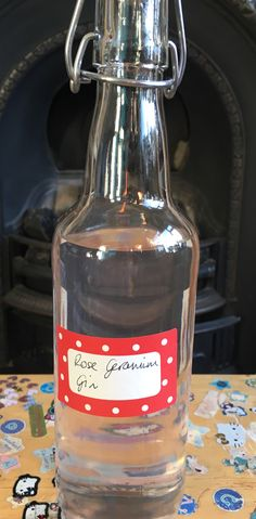 Homemade Booze from the garden August Bank Holiday, Scented Geranium, Geraniums, Gin, Cocktails, Homemade, Rose, Blog, Recipes