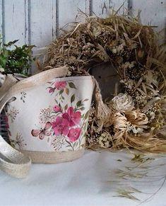Maľovaná ľanová kabelka so šatkou Grapevine Wreath, Mobiles, Grape Vines, Folk, Wreaths, Home Decor, Decoration Home, Popular, Door Wreaths