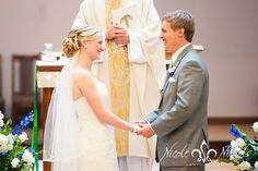 documentary wedding pictures at St Frances Cabrini church, denver wedding photography