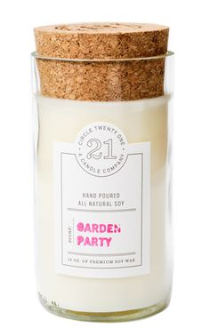 circle 21 soy candle. Any brand soy candle will do! I like lighter, fresh scents.
