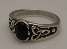CELTIC Triquetra Ring 925 Sterling Silver Triskele Black Onyx Trinity knot ring