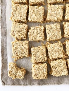 CopyCat Recipe for Starbucks Oat Bars but Even Better. Use Quick Oats, NOT ROLLED OATS. Also uses one can of condensed milk. Made with simple ingredients you can have a batch ready to enjoy in less than 30 minutes! Quick Oat Recipes, Oats Recipes, Sweet Recipes, Baking Recipes, Recipies, Cookie Recipes, Sweet Condensed Milk, Condensed Milk Recipes, Condensed Milk Cookies
