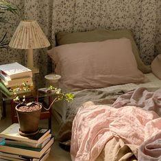 My New Room, My Room, Room Ideas Bedroom, Bedroom Decor, Bedroom Inspo, Bedroom Signs, Decorating Bedrooms, Bedroom Curtains, Pretty Room