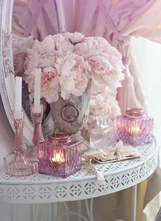Shabby Chic Dining, Shabby Chic Bedrooms, Shabby Chic Homes, Shabby Chic Furniture, Estilo Shabby Chic, Shabby Chic Style, Shabby Chic Decor, Shabby Vintage, Vintage Home Decor