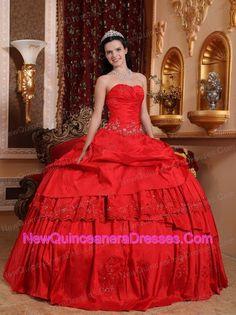 http://www.newquinceaneradresses.com/color/apple green-quinceanera-dresses  Pleats Quincenera dresses in Palmetto