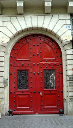 Paris © Aurélie Fauré #doors #architecture