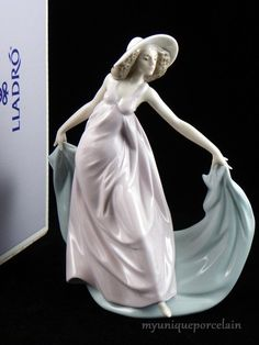 LLADRO RETIRED FIGURINE #5663 SPRING DANCE LADY GIRL WITH HAT DANCER MINT IN BOX
