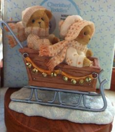 Cherished Teddies Fran And Vinny Couple In Sleigh # 4005883 Event Figurine