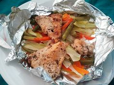 Receta de Pollo con verduras en papillote de dificultad Muy fácil para 4 personas lista en 20 minutos.