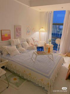 Bedroom Design Inspiration, Room Inspiration, Room Ideas Bedroom, Bedroom Decor, Minimalist Bedroom, Toddler Bed, Sweet Home, Bedrooms, Muji
