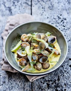 Salty Foods, Turmeric, Oysters, Pasta Salad, Food Inspiration, Mousse, Potato Salad, Seafood, Plates
