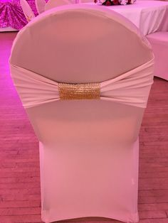 Get beautiful spandex wedding chair cover and bow rentals! The Champaign Spandex Chair Cover! 💛 👰🏻Tag a bride-to-be! Chair Cover Rentals, Spandex Chair Covers, Wedding Chairs, Bows, Bride, Beautiful, Arches, Wedding Bride, Bowties