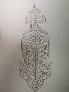 Hand Embroidery Design Patterns, Hand Embroidery Dress, Embroidery Motifs, Gold Embroidery, Wreath Drawing, Pencil Design, Hand Engraving, Islamic Art Pattern, Handmade Pillow Covers