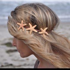Starfish Hairband (for mermaid halloween costume? Pretty Hairstyles, Wedding Hairstyles, Mermaid Hairstyles, Beach Hairstyles, Style Hairstyle, Men's Hairstyle, Formal Hairstyles, Ponytail Hairstyles, Hairstyles Haircuts